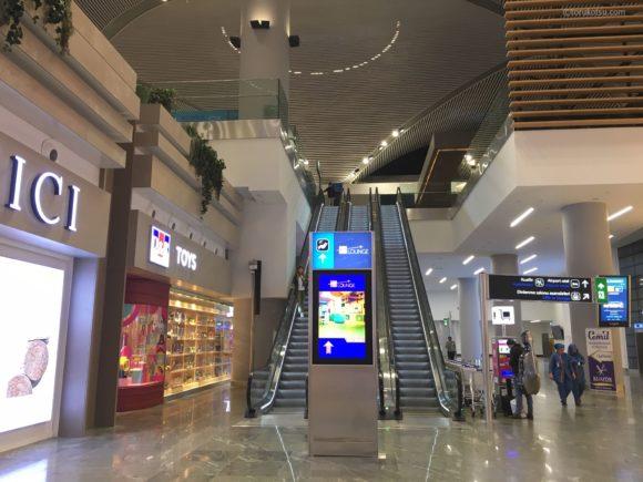 イスタンブール空港IGAラウンジ入口