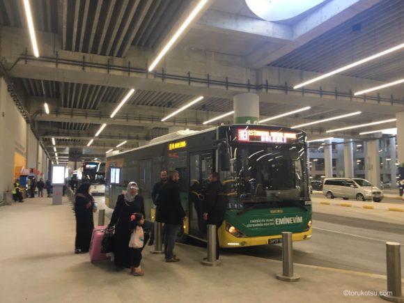 イスタンブール空港発着IETTバス