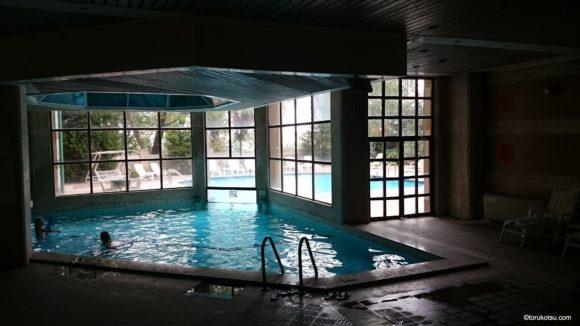 ブルサ カルバンサライテルマルホテルにある温泉プール