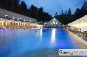 ヤロヴァの温泉施設Açık Havuz/Open Pool