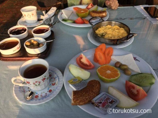 トルコの朝食【ホテルのセットメニュー】