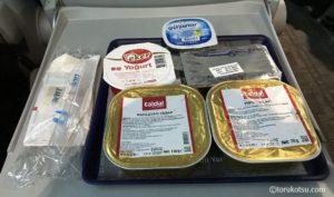 TCDDトルコ鉄道食堂車の食事