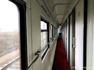 イスタンブールから夜行列車でソフィアへ【寝台列車の廊下】