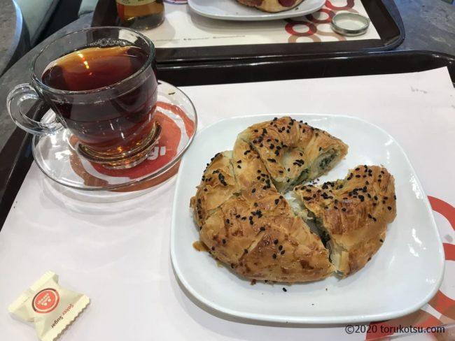 トルコのカフェ【シミットサライ】